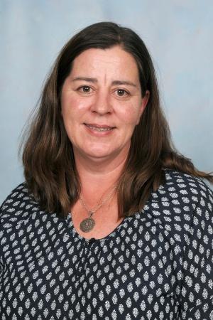 Ms Bennett - Senior Teacher and Year 4/5